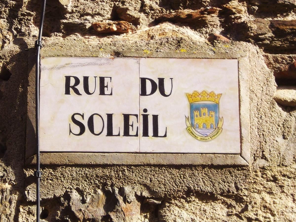 Location Collioure- Location Vacance Maraval- Rue du soleil