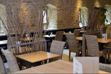 "Restaurant ""Le Bistro"""