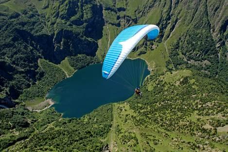 Soaring Lac d'Oô