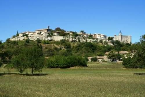 Lussan, Village de Caractère