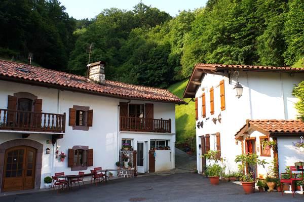 Hôtel Restaurant Erreguina