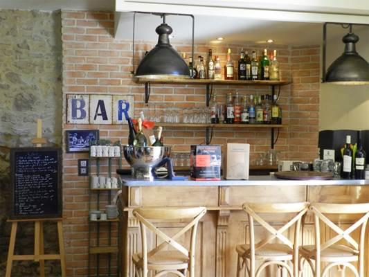 comptoir-de-l-evesque-restaurant-sauve-quissac-bar