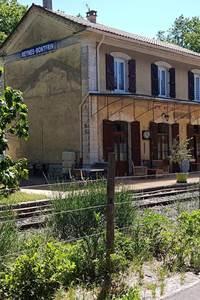L'ancienne gare Meynes-Monfrin