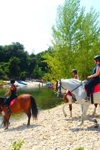 Centre équestre du Pont du Gard - Balade à cheval