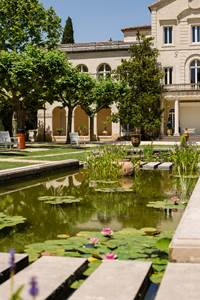 Musée et Source Perrier