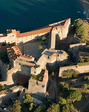 COLLIOURE AND COLOURS - ART AND HISTORY