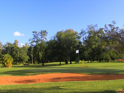 Garden Golf Dumbéa