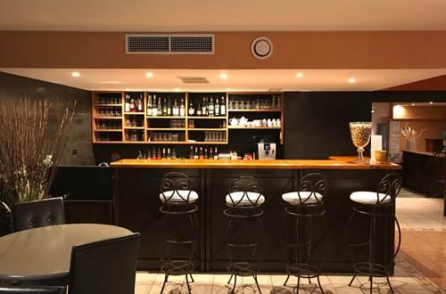 Bar du restaurant Le Gardon ©