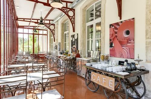 Estelou - Salle petit déjeuner ©
