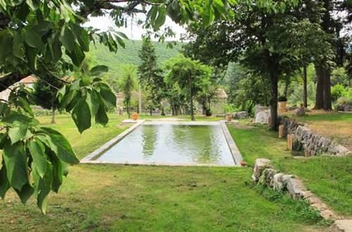 Parc et piscine ©