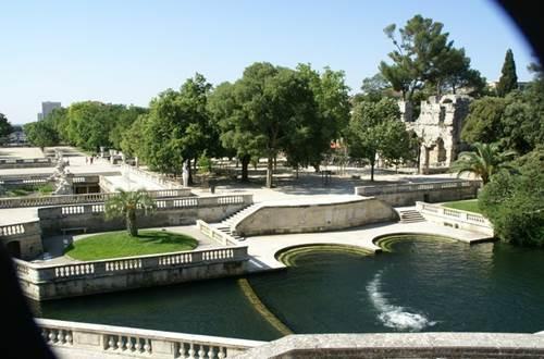 Jardins de la Fontaine, Nîmes ©