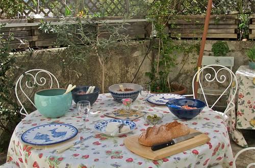 déjeuner impromptu sur la terrasse ©