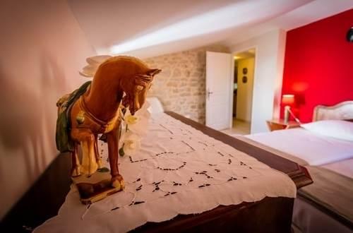 MAS CONIL suite familiale Seynes détail décoration © SCHURMANN Beat