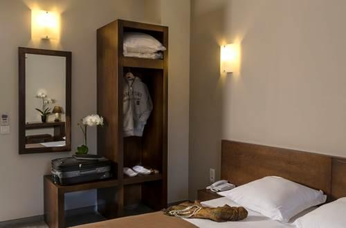 Hôtel Le Ya'Tis - Chambre 2 ©