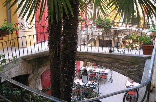Restaurant L'Oronge ST JEAN DU GARD terrasse ©