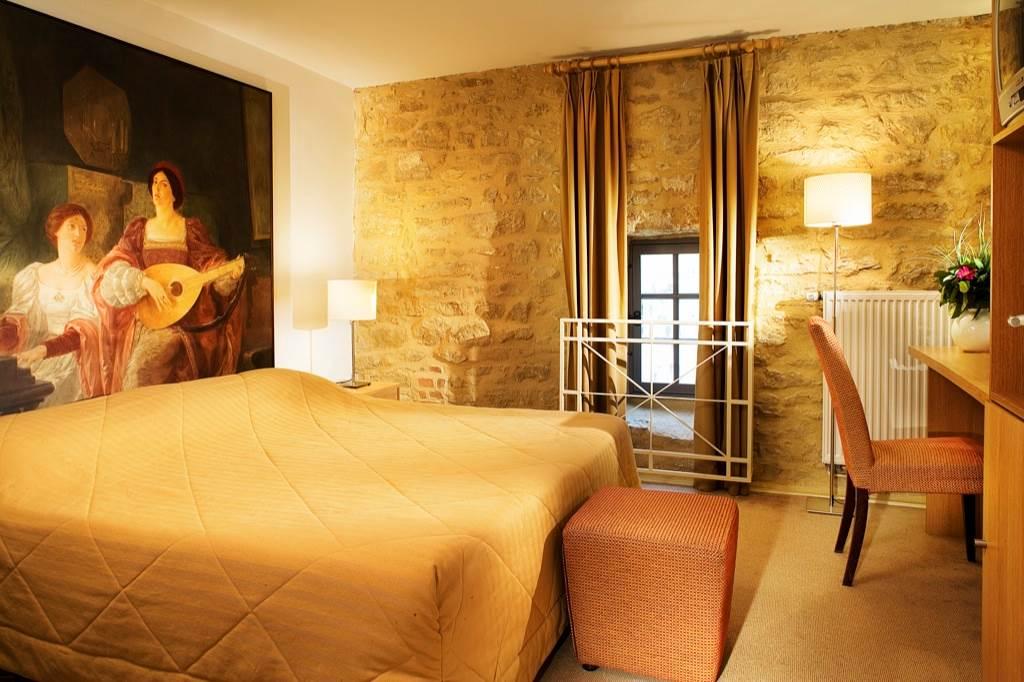 Hotel le Chateau Fort Sedan Sejour Princier