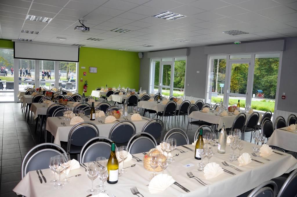 salle pour repas groupe